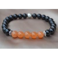 Črni oniks in oranžni aventurin  raztegljiva zapestnica